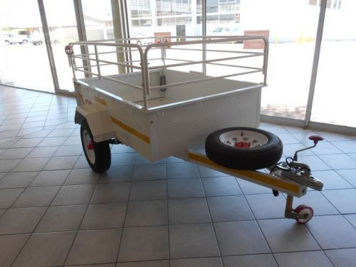 New Venter 1/2 ton trailer with rails Venter Mossie 1/2 ton Trailer for sale in Windhoek