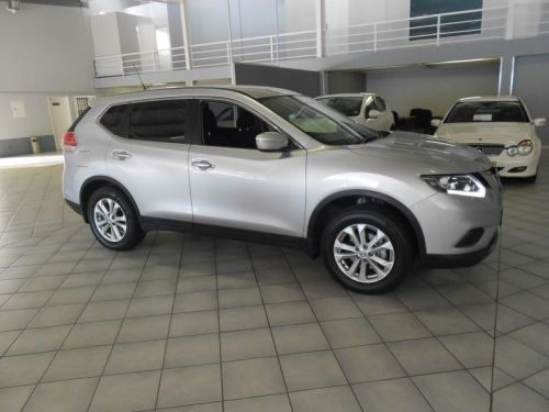 Used Nissan X-Trail 2.0 for sale in Windhoek