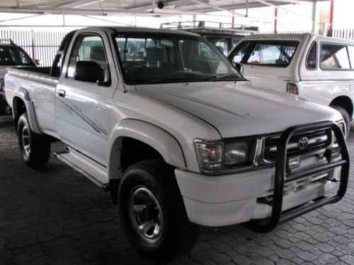 Used Toyota Hilux Raider for sale in Windhoek