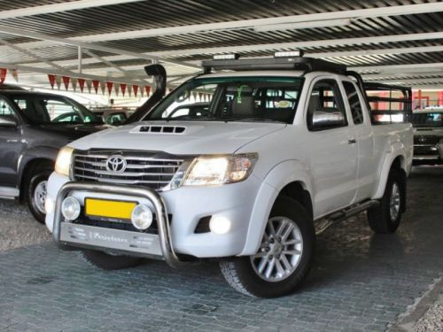 Used Toyota Hilux D-4D for sale in Windhoek